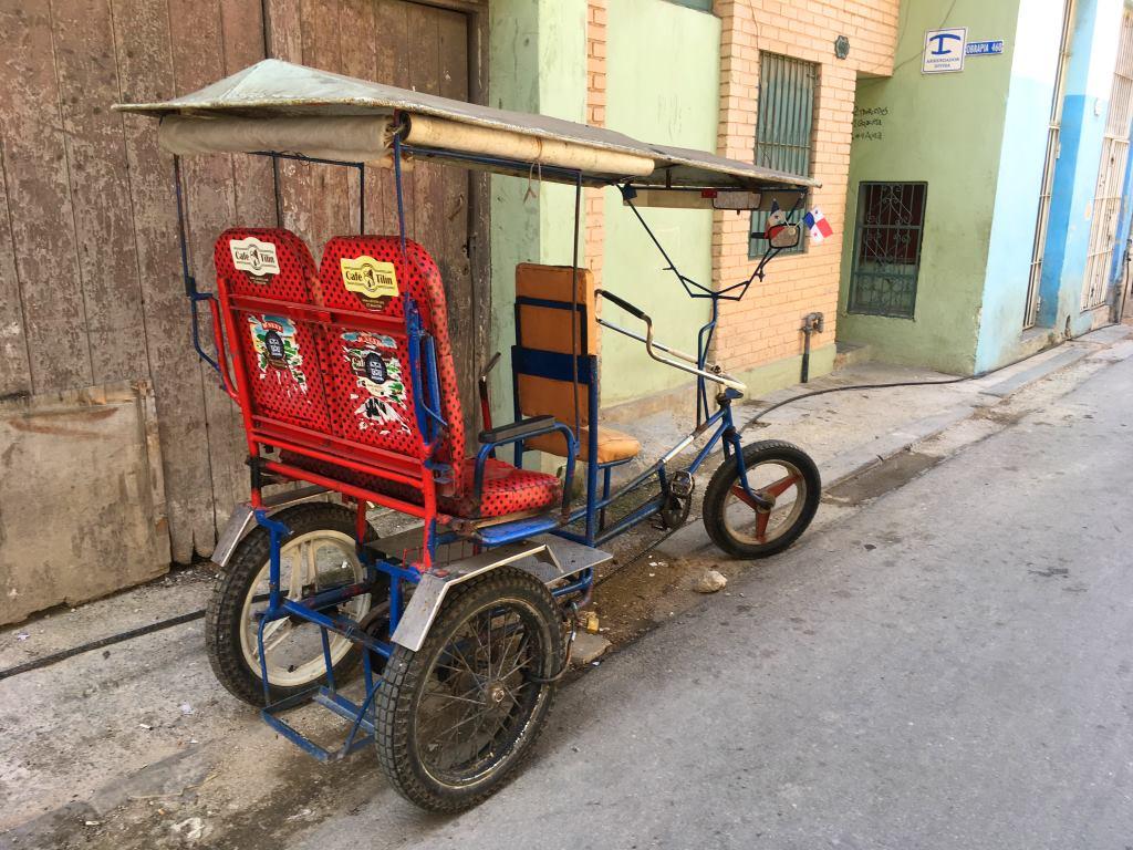 rickshaw havana cuba