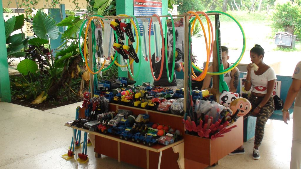 toys stands