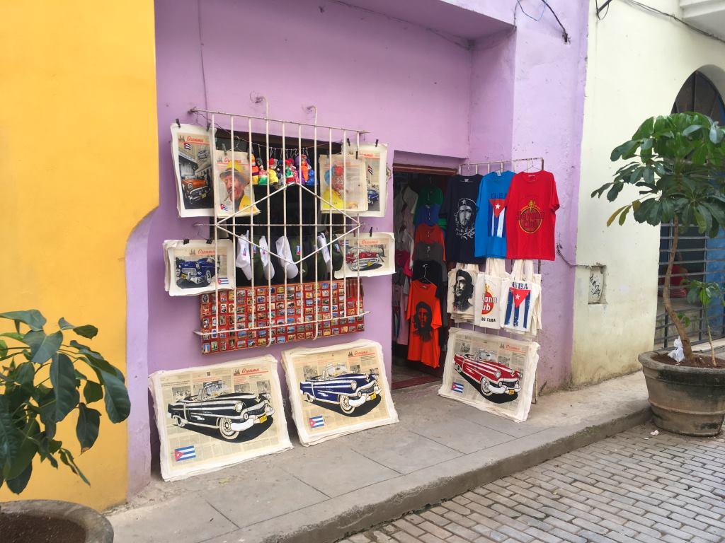 havana souvenirs shop